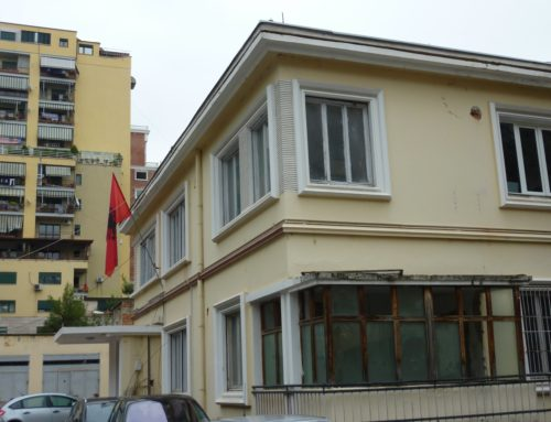 The long journey of Mrs. Ivanaj with the Albanian flag